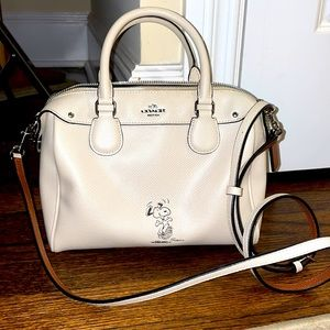 Coach Gold White Crossbody leather bag